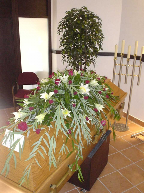 Blumen Röttger GbR - Trauerfloristik